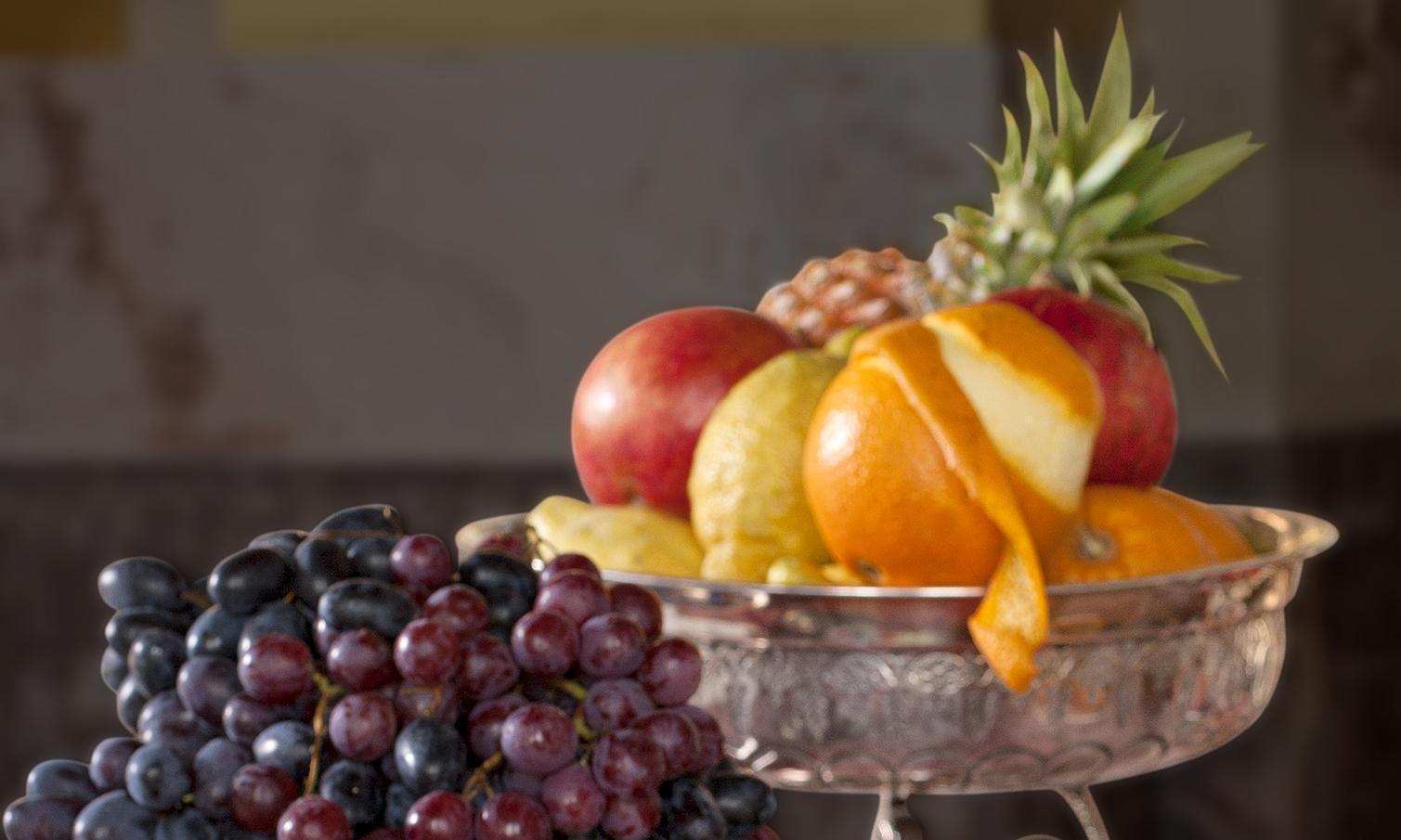 Exotisches Obst; Foto: Staatliche Schlösser und Gärten Baden-Württemberg, Lothar Bertrams