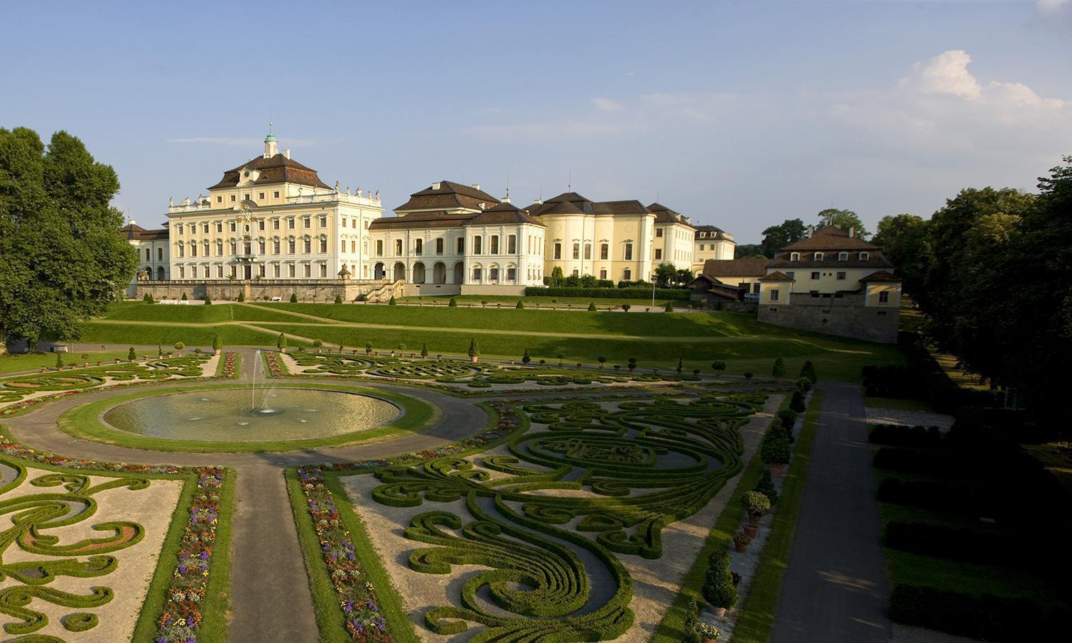 Residenzschloss Ludwigsburg, Alter Hauptbau und Küchenbau; Foto: Staatliche Schlösser und Gärten Baden-Württemberg, Achim Mende